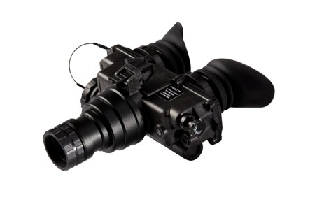 ACTinBlack PVS-7 Night Vision Goggles - Using both eyes for the price of one